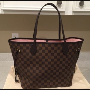 🌟SOLD! Louis Vuitton Neverfull MM